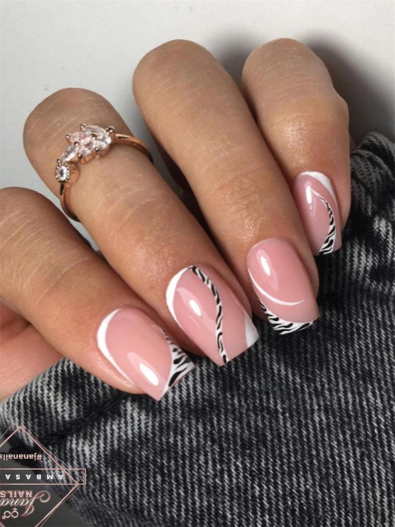 Trendy Zebra Nails Idea