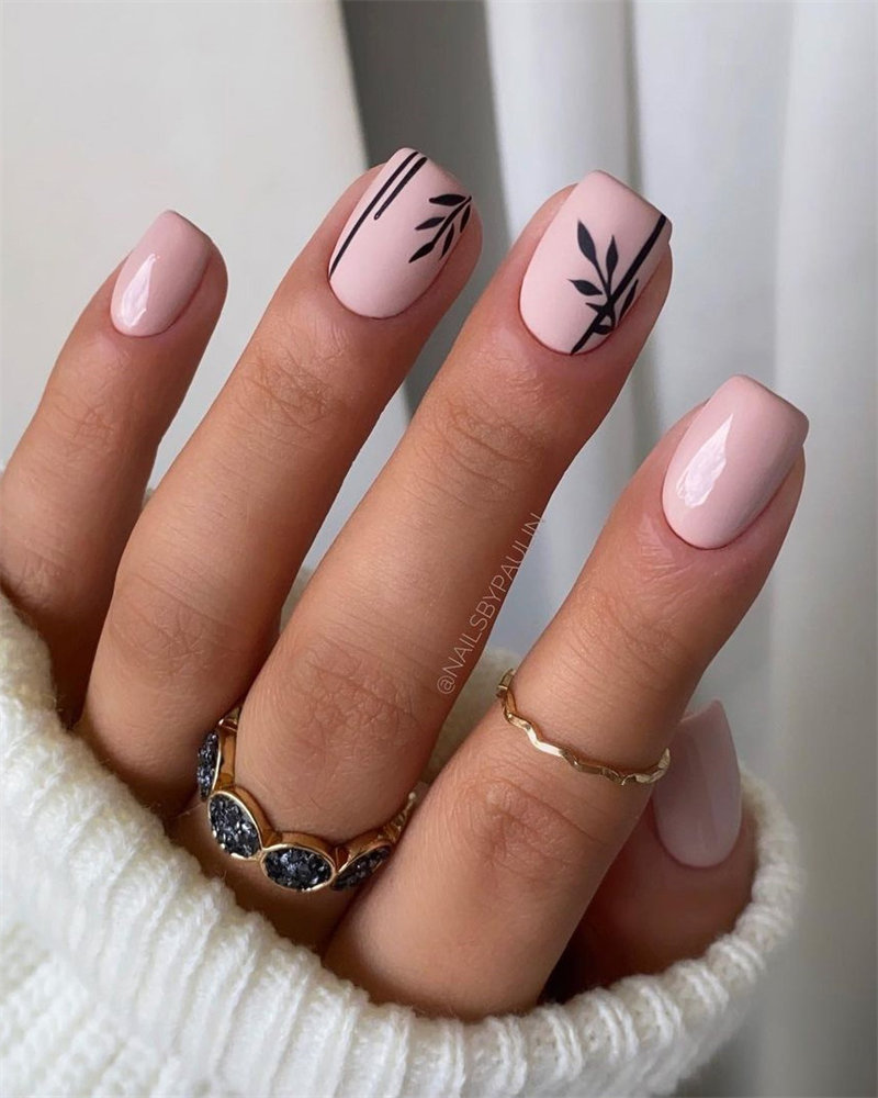 Matte and Glossy Nails Design