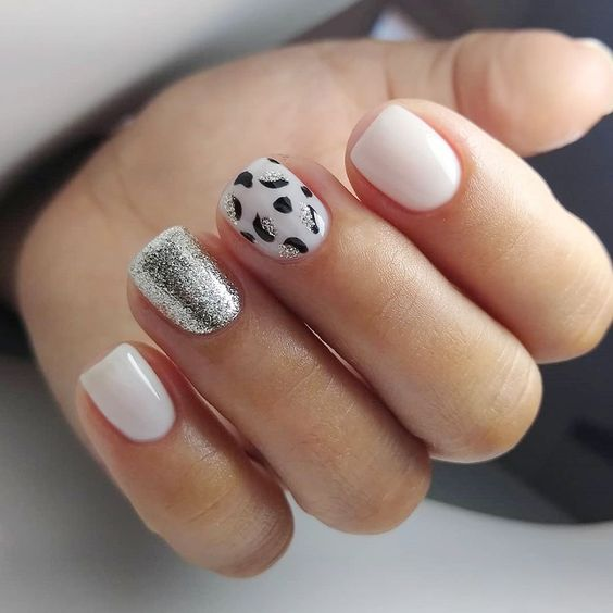 Short Glitter Leopard Print Nails Idea